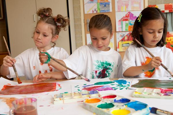 childrens paintingdrawing classes kids out and about salt lake city - Children Painting Pictures